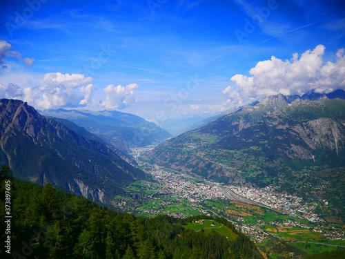 Murais de parede Rosswald, Schweiz: Blick auf Brig und Visp