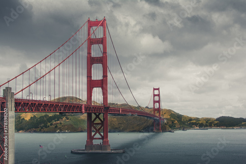 Платно Golden Gate bridge in San Francisco California