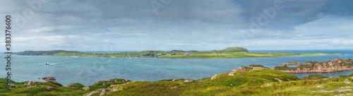 Obraz na plátne Panorama of the Isle of Iona