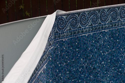 Stampa su Tela Replacement of a pool pvc liner