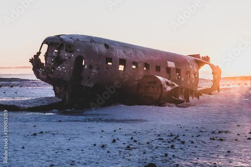 Fotografie, Obraz The wreckage of a plane in Iceland. Douglas Super DC-3 Dakota