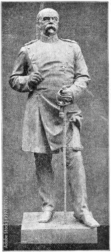 Fotografía Statuette of Otto Eduard Leopold, Prince of Bismarck, Duke of Lauenburg