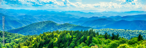 Vászonkép A panoramic view of the Smoky Mountains from the Blue Ridge Parkway in North Carolina