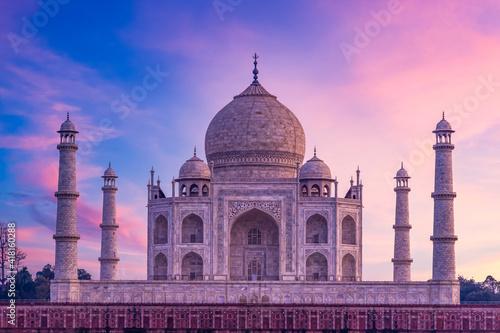 Canvas-taulu Taj Mahal ivory white marble mausoleum in the Indian city of Agra, Uttar Pradesh, India, Taj Mahal beautiful landmark, Symbol of loveI, India