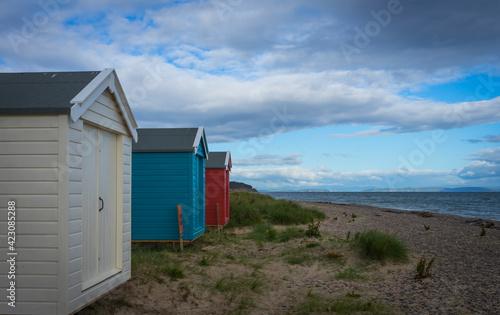 Fotografie, Tablou beach huts at findhorn beach