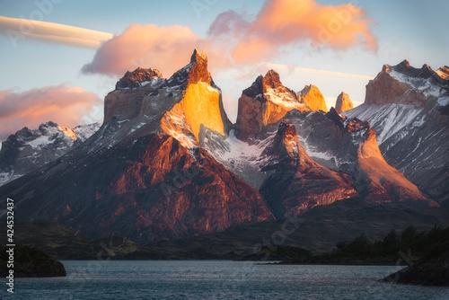 Tablou Canvas Chilean National Park Torres del Paine