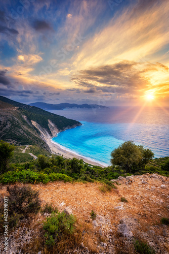 Canvas Print Beautiful summer sunset over the Myrtos beach in Greece