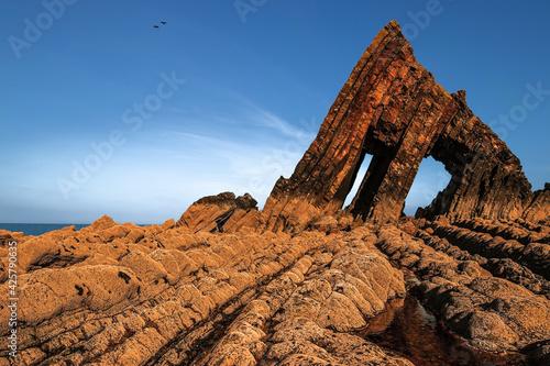 Photo Blackchurch Rock on Devon Coast UK