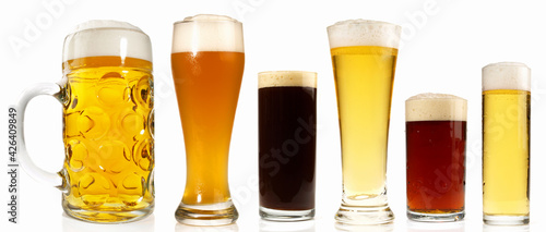 Canvastavla Beer Varieties - Different Beer Sorts on white Background Isolated