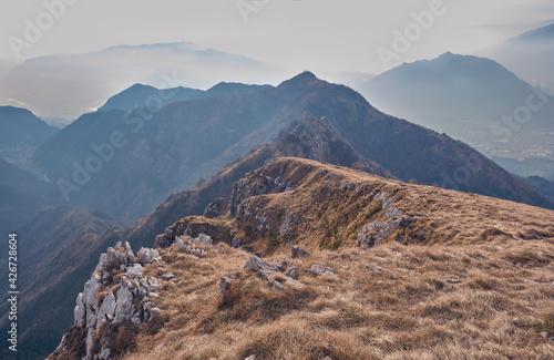 Obraz na plátně Scenario invernale sul Monte Resegone, lecco