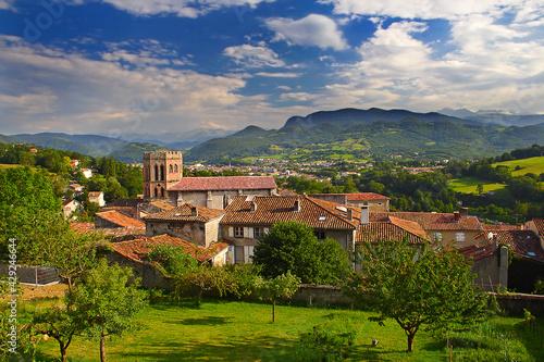 Midi-Pyrenees, cathedrale et Saint-Lizier, France, UNESCO - the Pilgrim's Road t Fototapete