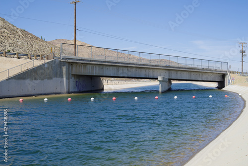 Valokuva This image shows the California Aqueduct at Palmdale in California