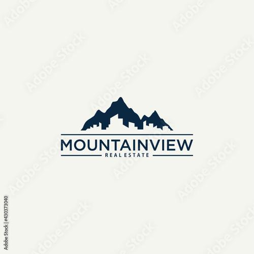 mountain view with city town logo design illustration Fototapeta