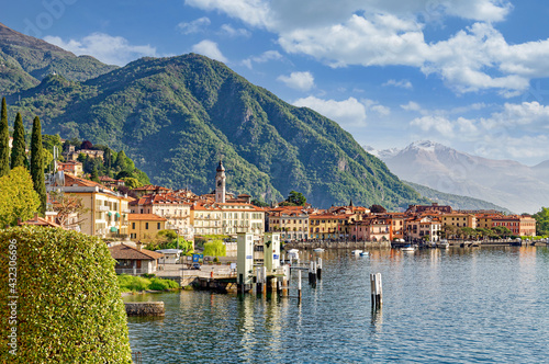 Obraz na plátně Menaggio am Comer See,Lombardei,Italien