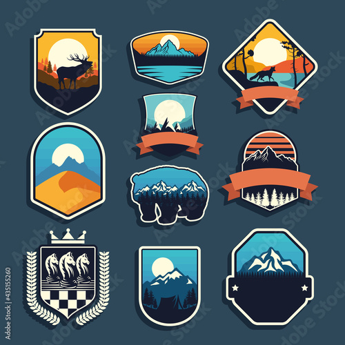 nine adventure emblems Fotobehang