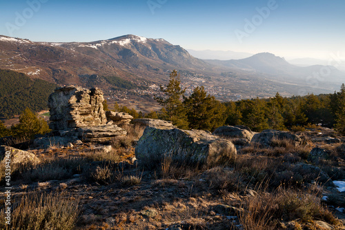 Tablou Canvas Mondalindo y la Sierra de La Cabrera. Madrid. España. Europa.
