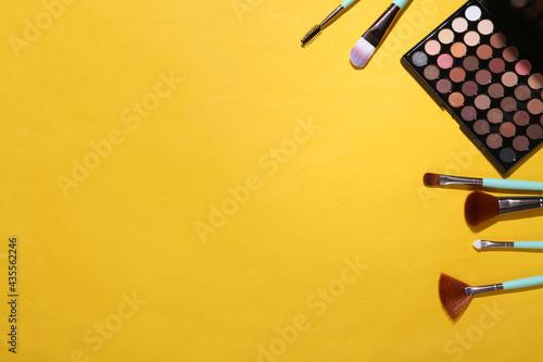 Valokuvatapetti Women's accessories