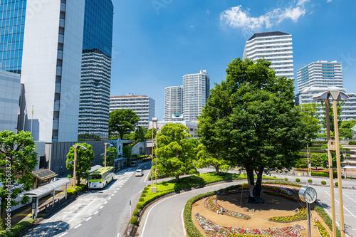 Obraz na plátne 初夏の埼玉県川口市の川口駅前の風景 5月