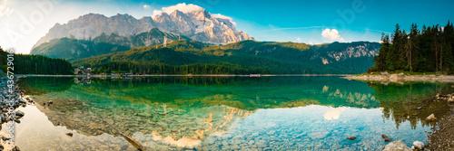 Obraz na plátne Eibsee Panorama mit Zugspitze - Berge und See in den Alpen