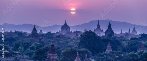 Foto Temples of Bagan, Burma, Myanmar, Asia.