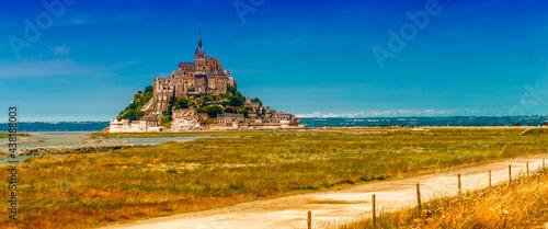 Obraz na plátně Mont Saint Michel - Normandy - France