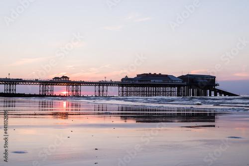 Foto Sunset behind Cromer pier