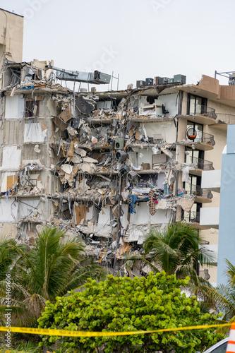 Fotografija Collapse of champlain towers Miami Surfside June 24 2021