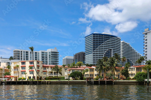 Obraz na plátne Condos, hotels and timeshares located on Fort Lauderdale Beach front and the intracoastal waterway in Fort Lauderdale, Florida, USA