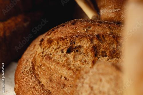 Macro shot of freshly baked bread loaf Fototapet