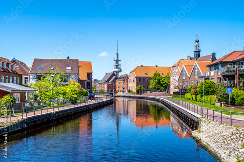 Kanal Am Roten Siel, Emden, Niedersachsen, Deutschland Fototapet