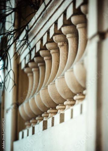 Fotografía Close-up Of Colonnade In Building