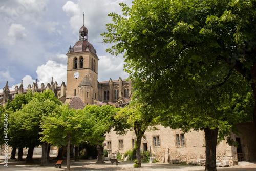 Carta da parati Monastery of Saint-Antoine l'Abbaye in medieval town in France