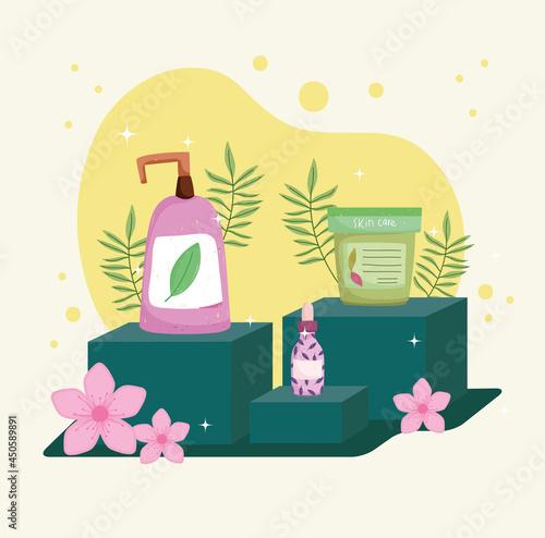 Fotografia floral skincare products