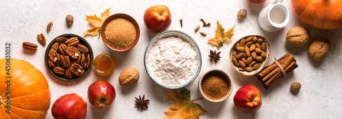 Fotografia Autumn fall baking background
