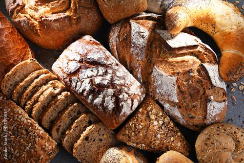 Billede på lærred Assorted bakery products including loafs of bread and rolls