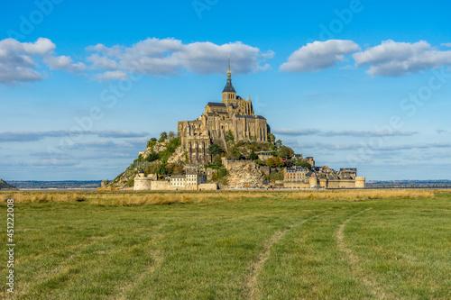 Obraz na plátně The Famous Island Commune of Mont Saint Michel in Northern France