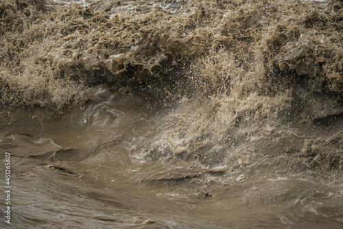 Fotografie, Tablou 勢いのある濁流