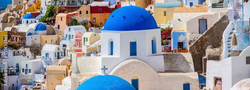 Foto The Greek island of Santorini