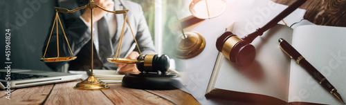 Stampa su Tela justice and law concept