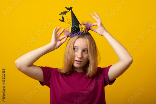 Canvastavla Halloween party girl