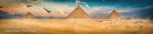 Fotografie, Obraz Three pyramids in the desert