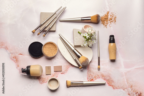 Canvas-taulu Set of makeup brushes with decorative cosmetics on light background