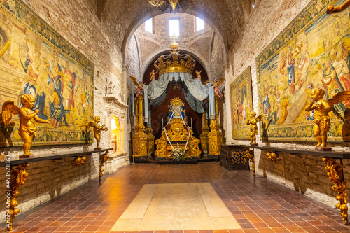 Girona medieval city, religious elements inside the Cathedral, Costa Brava of Catalonia in the Mediterranean Fotobehang
