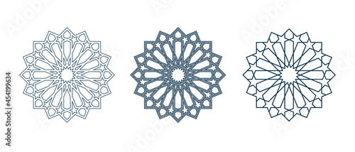 Fotografia Set of islamic traditional rosettes for greetings cards decoration and design isolated on white backgrounds