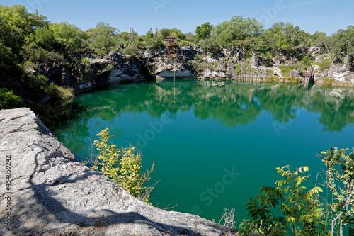 Fotografie, Obraz Scenic view of lake Otjikoto - a permanent sinkhole lake near Tsumeb in Northern Namibia