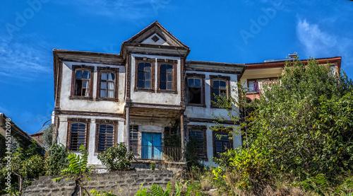 Vászonkép Orta Mahallesi, Akcaabat, where mansions are located in Ottoman architecture