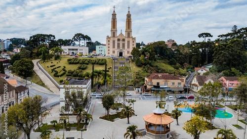 Foto São Bento do Sul SC - Aerial view of the parish church and central square of São