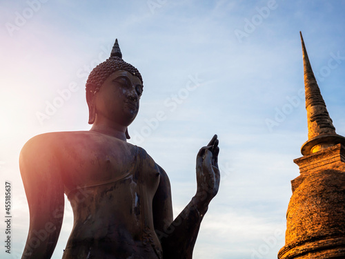 Fotografia Amazing scene in Sukhothai Historical Park, Thailand.