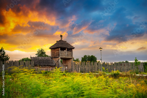 Beautiful sunset over the settlement of Trade Factory in Pruszcz Gdanski, Poland Fototapet