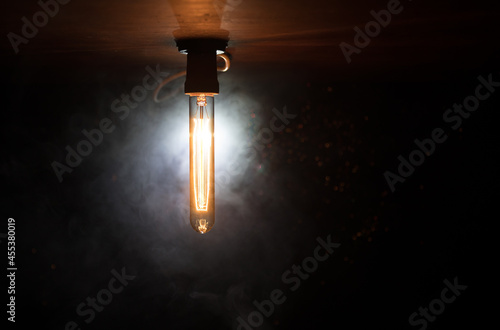 Beautiful retro luxury interior bulb lighting lamp decor glowing in dark Fototapet